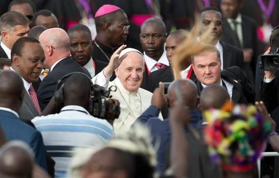Papa Francesco, dalla moschea un messaggio di pace