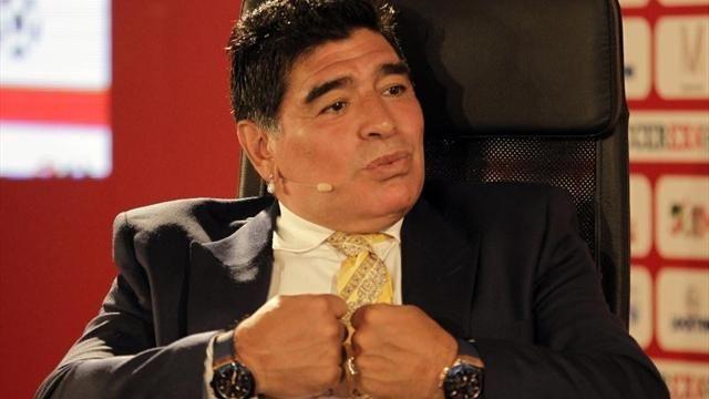 Diego Armando Maradona chiede scusa a Maurizio Sarri