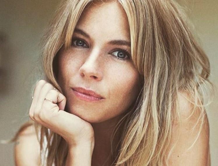 Sienna Miller style: l'attrice si racconta al magazine Grazia