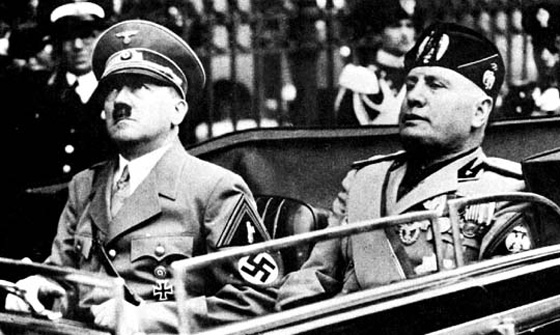 Adolf Hitler arrestato in Italia, guidava in stato di ebbrezza