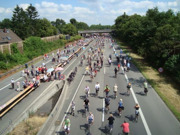 Autostrada per biciclette inaugurata in Germania