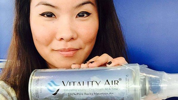 In Cina boom di vendite per le bottiglie di aria fresca dal Canada