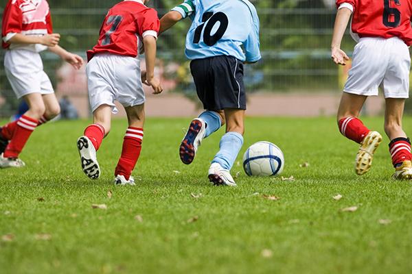 Milano, arrestato uomo per abusi su minori di una scuola calcio