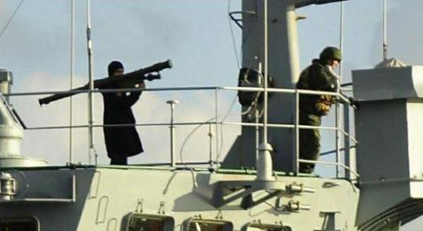 Russia vs Turchia: nave russa in Bosforo con missili armati