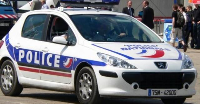 Terrorismo Francia, fermata coppia, avevano un finto pancione