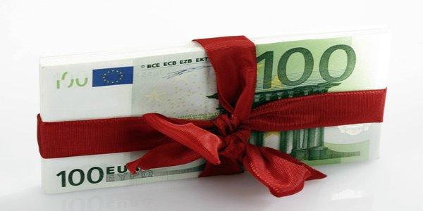 Tredicesima, per Natale in arrivo 50 miliardi di euro