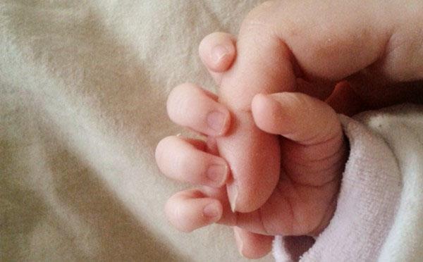 Neonato dona gli organi, vive solo 74 minuti