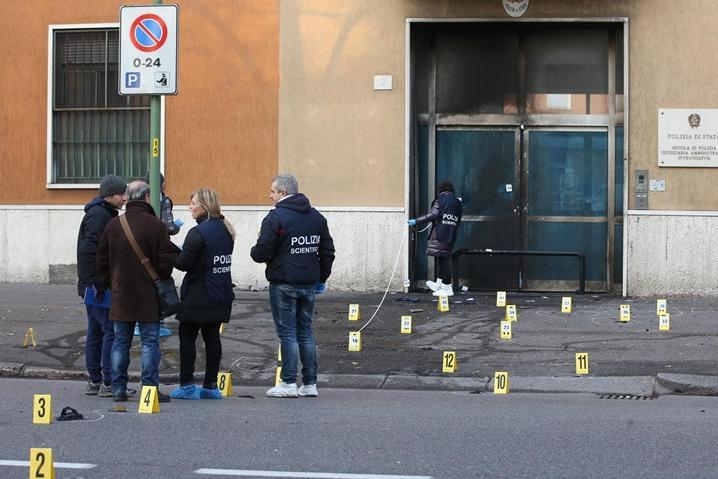 Attentato Brescia: Scuola Pol Gai della Polizia