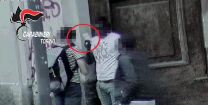 Torino, arrestata banda degli invisibili cocaina eroina