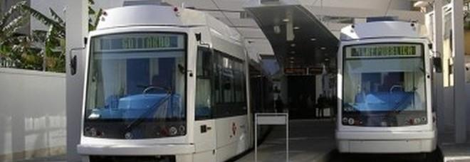 Cagliari, scontro tra due treni della metro, numerosi feriti
