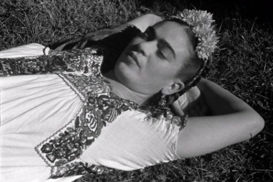 Frida Kahlo negli scatti di Leo Matiz in mostra a Bologna