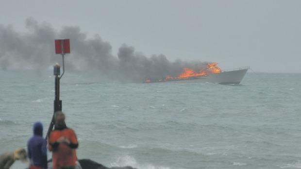 Nuova Zelanda, 60 persone salvate da un traghetto in fiamme