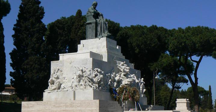 Roma, al Circo Massimo travolto e ucciso un motociclista