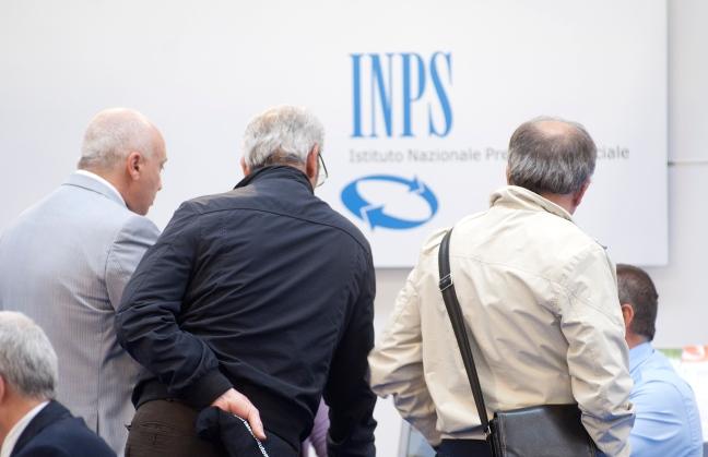 Inps non paga le pensioni a gennaio 2016: pensionati in allarme
