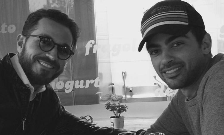 Uomini e Donne Over: Luca Rufini posa con l'amico Primo Reggiani