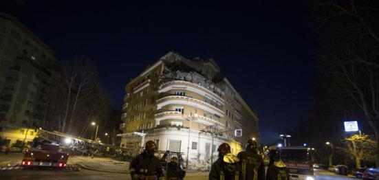 Roma crollano 3 piani di un palazzo al flaminio si for Piani di casa di palazzo