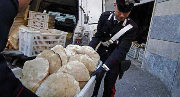 Pane sequestrato a Napoli: oltre 5 tonnellate