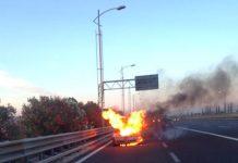 Roma, a fuoco auto politico friuli venezia giulia