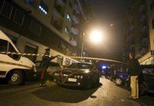 Sparatoria a Secondigliano, donna ferita sul balcone