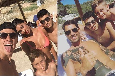 """Belen Rodriguez e Marco Borriello: """"stessa spiaggia stesso mare"""