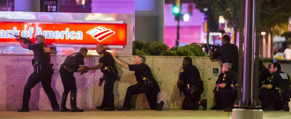 Dallas: protesta contro l'abuso di potere della Polizia