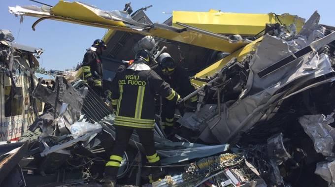 Incidente ferroviario a Bari, 23 vittime