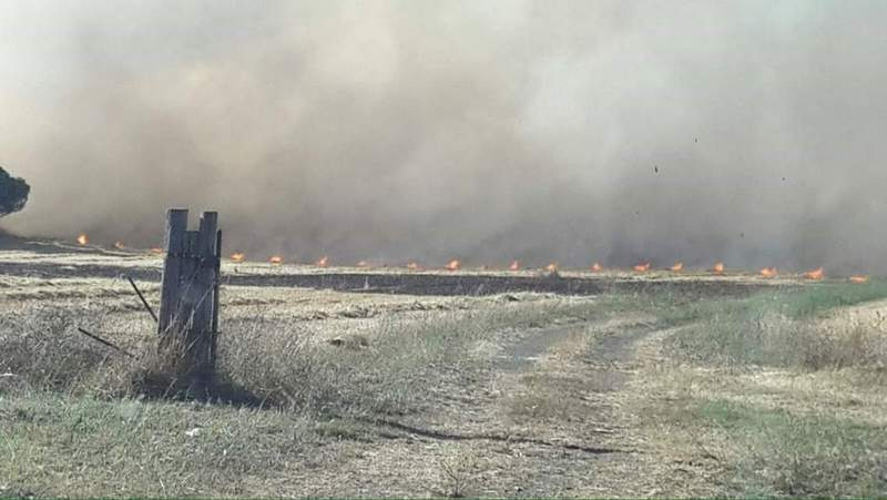 Via Pontina traffico infernale: incendi