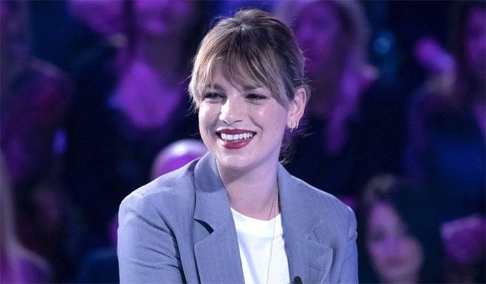 Emma Marrone a Verissimo: la Toffanin pende dalle sue labbra
