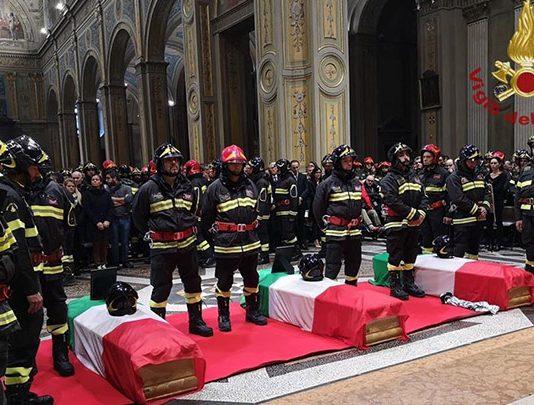 """Alessandria, Vigili del Fuoco: """"le parole umane non sono sufficienti"""""""